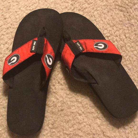 b8fb2a049389 UGA Toegoz flip flops worn once. M 5a93768bfcdc31b96b4dd4e3